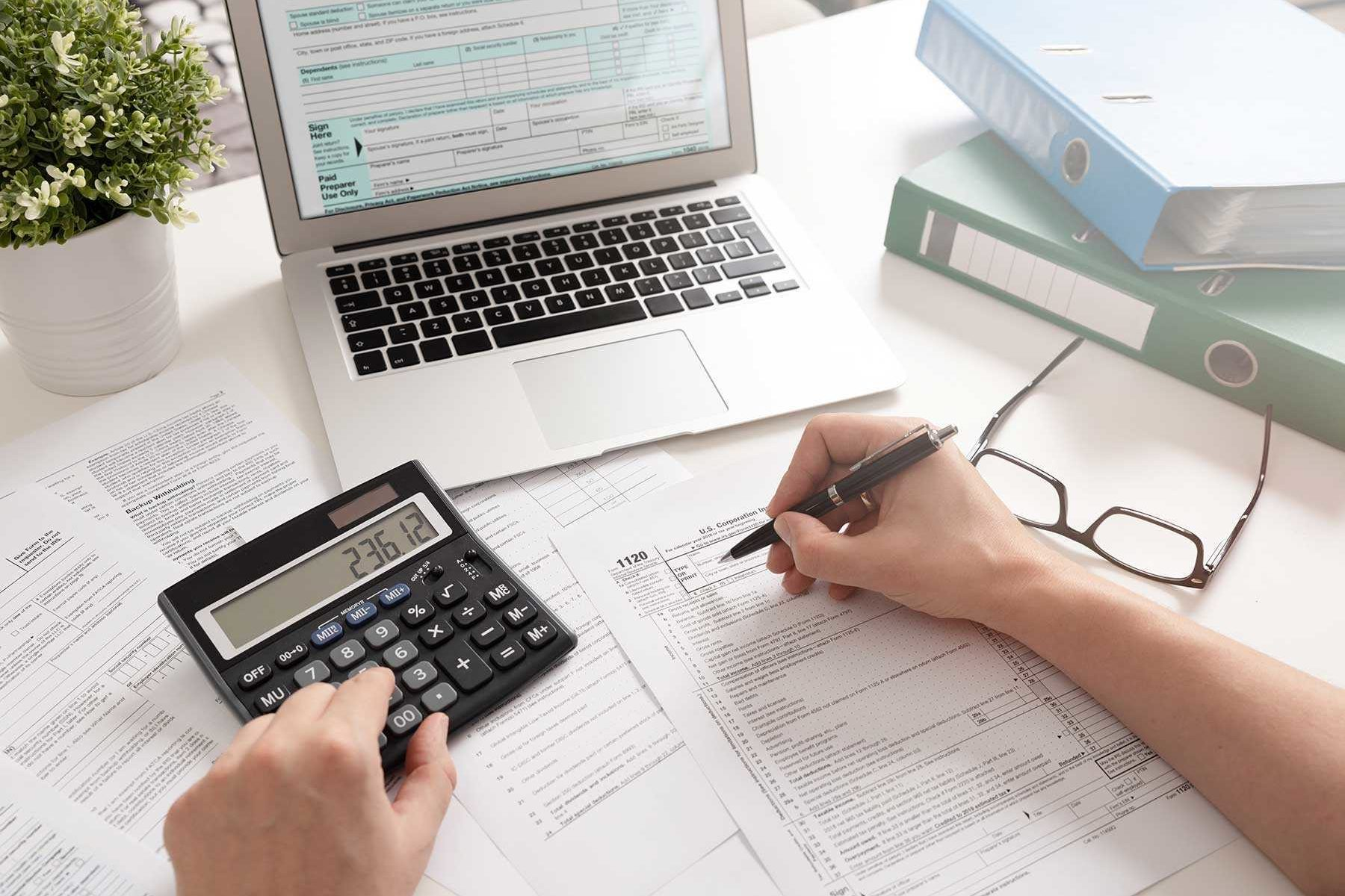 Business tax planning, financial accounting, chartered accountant Adelaide